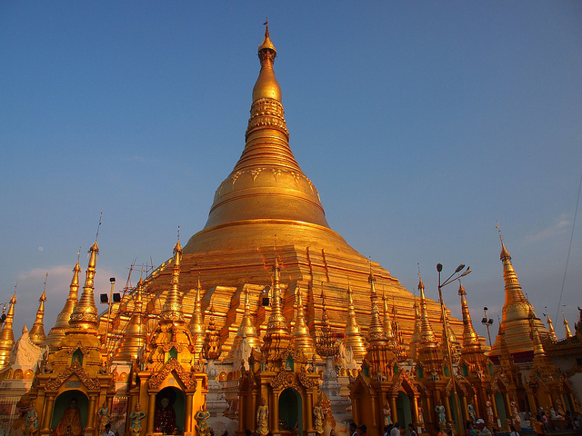 Shwedagon Pagoda - photo by Paul Arps https://flic.kr/p/iTfg8w