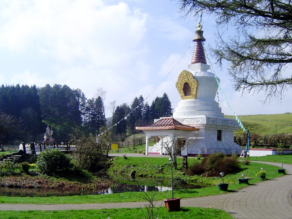 Samye Ling Stupa  (Taken by Robert Matthews April 2005 http://commons.wikimedia.org/wiki/File:Samye_Ling_Stupa.JPG)