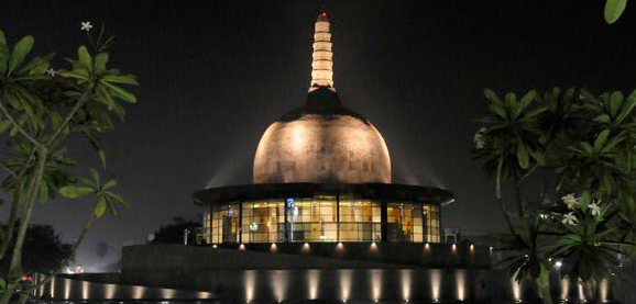 Night view of Buddha Smriti Park, Patna