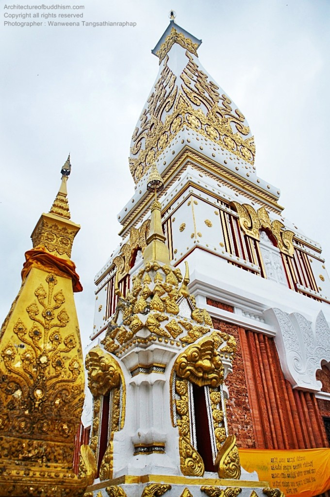 Pratat Phanom Chedi with its golden replica