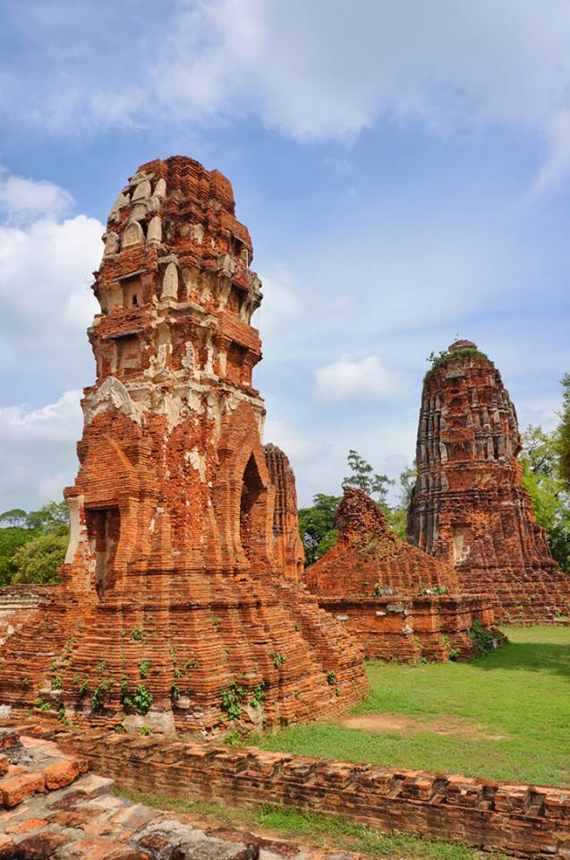 Wat Mahathat, within the Ayutthaya Historical Park; the park was declared a UNESCO World Heritage Site in 1991