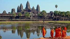 Angkor Wat (Photo credits: Commons Wikipedia)