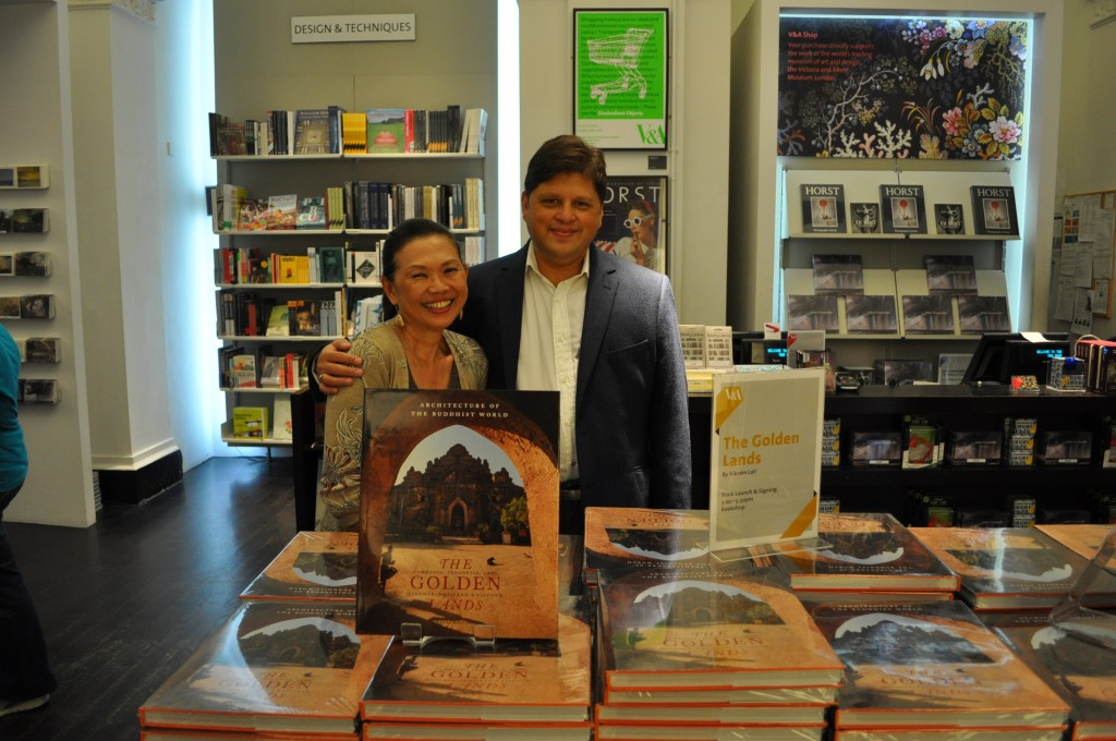 Golden Lands author Vikram Lall with publisher Joan Foo Mahony at the V&A Museum Bookshop