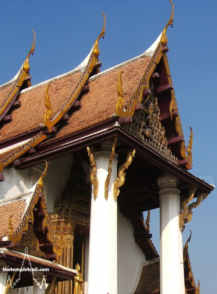 Roof of Ayutthaya. Photo by thetempletrail.com